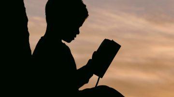 boy-reading-shadow12x6