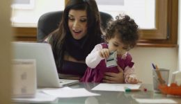mom-and-businesswoman-working